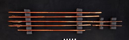 5 древнеегипетских стрел, обнаруженных в гробнице Акера.